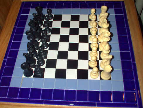 How to set up a chess board game images